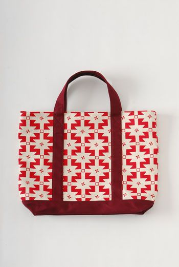 AW1112 MAGIC CARPET SMALL TOTE BAG - RED - Other Image