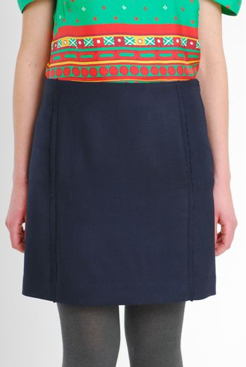 AW10/11 WOOL TWILL PARALLEL SKIRT - NAVY