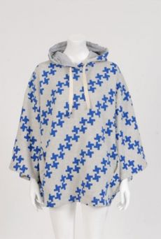 XMAS1314 WINDMILL HILL HOODED CAPE
