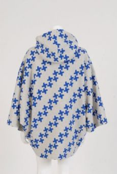 XMAS1314 WINDMILL HILL HOODED CAPE - Other Image