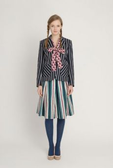 AW1213 THOUSAND PHEASANTS BOW FRONT BLOUSE - DAMSON - Other Image